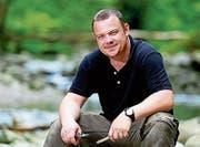 Der Outdoor-Spezialist Felix Immler gibt Kurse im Umgang mit Sackmessern. Am 10. Februar kommt er nach Rorschach. (Bild: PD)
