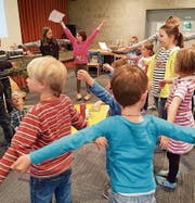Das Miteinander wurde an den Kinderbibeltagen in der Katholischen Pfarrei Buchs-Grabs freundschaftlich gepflegt. (Bild: PD)