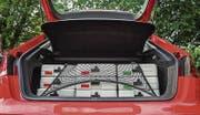 Blick in den Kofferraum: Die Boxen sind gut gesichert. (Bild: Andrea Stalder (Andrea Stalder))