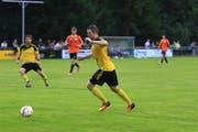 Lucas Eberle schnürt seine Fussballschuhe nur noch bis im Sommer für Sevelen. (Bild: Robert Kucera)