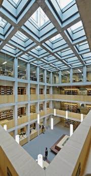 Der letzte grosse Schritt der Ostschweizer Fachhochschulen: Der Umzug der FHS St. Gallen in den Neubau. (Bild: Hanspeter Schiess)