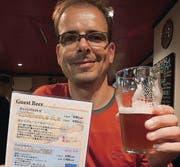 Daniel Lehmann: «Happy», dieses Bier gekostet zu haben. (Bild: pd)