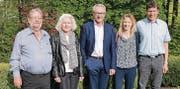 Wechsel in der Leitung: VR-Präsident Dölf Biasotto, flankiert von Gottfried und Rosmarie Sutter-Ramsauer und Susanne und René Brandenberger. (Bild: pd)