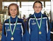 Die jungen Flöser Debütantinnen Gréta Kovacs und Sophia Peter (von links).