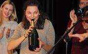 Die amtierende U20-Schweizer-Meisterin, Gina Walter aus Basel, gewann auch den 7. Poetry-Slam in Mostindien. (Bild: Christof Lampart)
