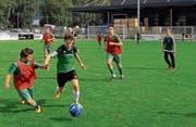 Auf dem Fussballplatz in Sevelen spielten die Oberstufenschüler um den Sieg in ihrer Kategorie. (Bild: PD)