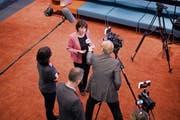 Ein politisches Ausnahmetalent: Bundesrätin Doris Leuthard nimmt im Medienzentrum des Bundeshauses Stellung zu «No Billag». (Bild: Anthony Anex/Keystone (Bern, 4. März 2018))