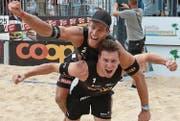 Der Amriswiler Beachvolleyballer Marco Krattiger (oben) und sein neuer, alter Partner Nico Beeler. (Bild: PD)