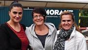Suna Dügünyurdu, Gabriele Eichenberger und Döndi Sahin organisierten gemeinsam das Spielplatzfest. (Bild: Maria Keller)