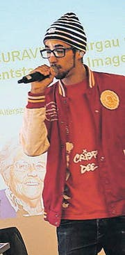 Rapper Crispy Dee singt von Sorgen und Ängsten der Bewohner eines Pflegeheims. (Bild: Hugo Berger)