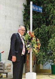 Zu Ehren des Gemeindeammanns gibt es nun einen Max-Buri-Weg. (Bild: Manuela Olgiati)