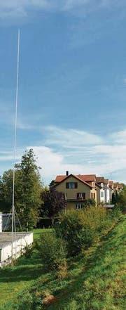 Die Baufachkommission gibt keine Bewilligung für den Bau der Mobilfunkantenne neben den Einfamilienhäusern in Sirnach. (Bild: Mario Testa)