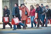 Ruf nach Gleichstellung beim Frauenumzug in St. Gallen anlässlich des Equal Pay Day im März 2012. (Bild: Urs Bucher)
