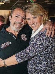 Eng umschlungen: Vito und Sonja Padula.