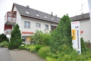 Die Raiffeisenbank Hefenhausen befindet sich im selben Gebäude wie die Gemeindeverwaltung Wäldi und die Postagentur. (Bild: Urs Brüschweiler)