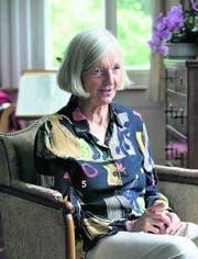 «Sterben ist nicht immer ein friedliches Wegschwinden»: Bettina Scott zu Hause in Romanshorn. (Bild: Michel Canonica)