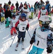 Gespannt warten die Kinder auf ihren Start ins Rennen. (Bild: PD)