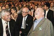 Unterhalten sich gut: SVP-Nationalrat Hansjörg Walter, Kreuzlingens Stadtpräsident Andreas Netzle und CVP-Nationalrat Christian Lohr. (Bild: Donato Caspari (Donato Caspari))