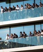 Der Blick aus der Loge: Gönner des FC St. Gallen halten sich an die Devise «abwarten und beobachten». (Bild: Urs Jaudas)