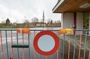 Auf dem Pausenplatz des Schulhauses Mühli in Matzingen herrscht seit November Fahrverbot. (Bild: Donato Caspari)