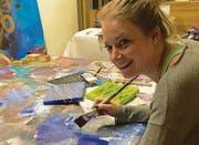 Julia Dürler hat vor rund einem Jahr die Acrylmalerei für sich entdeckt. (Bild: pd)