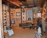 Dieser Raum im Heimatmuseum in Oberweningen ist einer Schusterwerkstatt nachempfunden.