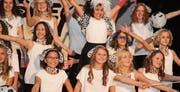 Ganz im Disney-Look: Die turnenden Kinder und Jugendlichen des TV Zuzwil bei ihrem Auftritt an der diesjährigen Turnerunterhaltung. (Bild: Christof Lampart)