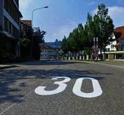 Mit der 30er-Zone gilt auf dem Ebnet ab jetzt Rechtsvortritt. (Bild: pk)