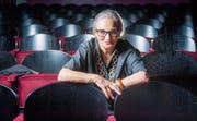 Von der Mutter hat sie das Eigenwillige, vom Vater den Humor: Katja Früh im Zuschauerraum des Casinotheaters Winterthur. (Bild: Urs Bucher)