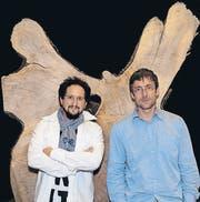 Johannes M. Hedinger und Marcus Gossolt haben das Bloch heute vor drei Jahren in Urnäsch ersteigert und auf Weltreise geschickt.