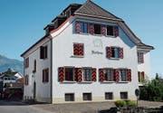 Der finanzielle «Sonnenschein» der Rechnung 2017 lässt das Grabser Rathaus in hellem Licht erstrahlen. (Bild: Hanspeter Thurnherr)