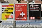 Woher die Parteien das Geld für Abstimmungskampagnen nehmen, bleibt ihr Geheimnis. (Bild: WALTER BIERI (KEYSTONE))