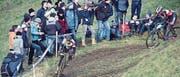 Nico Tambarikas (links) kam auf der rutschigen Strecke gut zurecht. (Bild: PD)