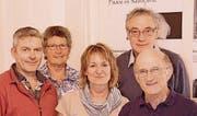 Das fast komplette Wöschhüsli-Team: Mike Albrow, Vreni Fiederle, Jacqueline Bär, Gilg Stüssi und Niklaus Winterhalter. (Bild: Therese Schurter)