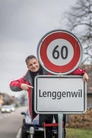 Der ehemalige Lenggenwiler Roman Brühliwer strebt nach 4000 Beweisfotos aller 4000 Provinzen, die er besuchen will. (Bild: Michel Canonica)