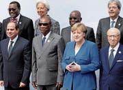 Will in Afrika investieren: die deutsche Bundeskanzlerin Angela Merkel an der G20-Afrika-Konferenz. (Bild: Michael Sohn/AP (Berlin, 12. Juni 2017))