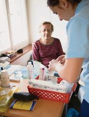 In der Alterspflege besteht heute ein komplizierter Finanzierungsmix. (Bild: Michaela Rohrer)