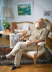 «Wer mich einlädt, riskiert, dass ich komme»: Felix Walker in seiner Wohnung in St. Gallen. (Bild: Ralph Ribi)