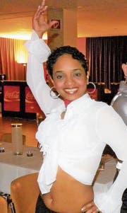 Leidy Marty bietet in einem Raum der Sporthalle Zumba-Kurse an. 2011 war sie zur Arboner Sportlerin des Jahres gekürt worden. (Bild: PD)