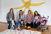 Das aufgestellte Team der Kita Chinderwelt in Gais: Sandra Gschwend, Stephanie Koller, Jana D`Isep und Sheila Hofer. (Bild: Brigitta Schmid)