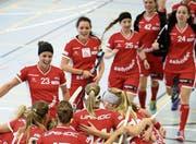 Die Spielerinnen der Red Lions Frauenfeld bleiben in der Meisterschaftsentscheidung dabei. (Bild: Mario Gaccioli (16. September 2017))