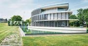 Das ehemalige Bürogebäude der Hanseatic Lloyd wird zu exklusivem Wohnraum. (Bild: Andrea Stalder)