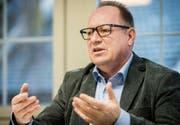 Werner Minder, Gemeindeschreiber in Sirnach, möchte Gemeindepräsident von Hohentannen werden. (Bild: Reto Martin)