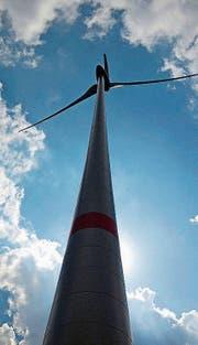 Windrad: Wie viel Abstand zu bewohnten Gebäuden? (Bild: red)