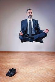 Wer Beruf und Privatleben in Einklang bringt, schwebt in der Balance. (Bild: Getty)