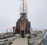 Nach dem Erklimmen eines Berges gibt es immer ein Gipfel-Foto. (Bild: rz)