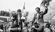 Flums empfängt im Februar 1972 die erfolgreichen St. Galler Olympiateilnehmer Marie-Theres Nadig und Edy Bruggmann. (Bild: KEY)