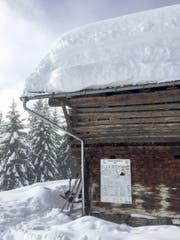 Viel Schnee rund ums Lagerhaus Crap la Foppa. (Bild: Philipp Ruggli)