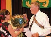 Arthur Kämpf wird für seine Verdienste in der Vereinigung geehrt. (Bild: Andreas Taverner)