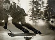 Der junge Skirennfahrer Willi Forrer auf einer seiner Schussfahrten am Wengener Lauberhorn. (Bild: pd)